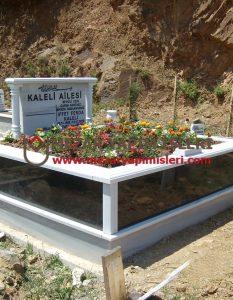 Kaleli Ailesi – Hekimbaşı Mezarlığı