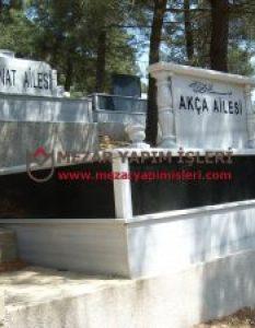 Akça Ailesi – Hekimbaşı Mezarlığı