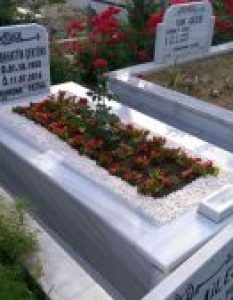 Şentürk Ailesi – Gülbahçe Mezarlığı