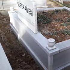 İki Kişilik Vazolu Mermer Mezar