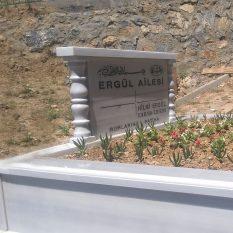 İki Kişilik Baş Taşı Sütunlu Mermer Mezar