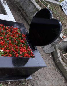 Baş Taşı Özel Yapım Komple Granit Mezar